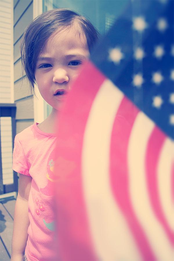 kylieflag1_05092011_600