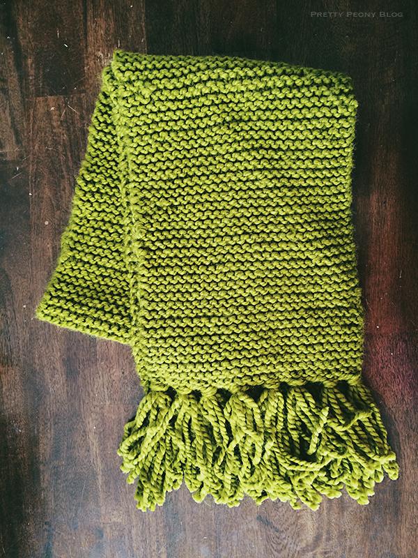 knittedgreenscarf122016_600